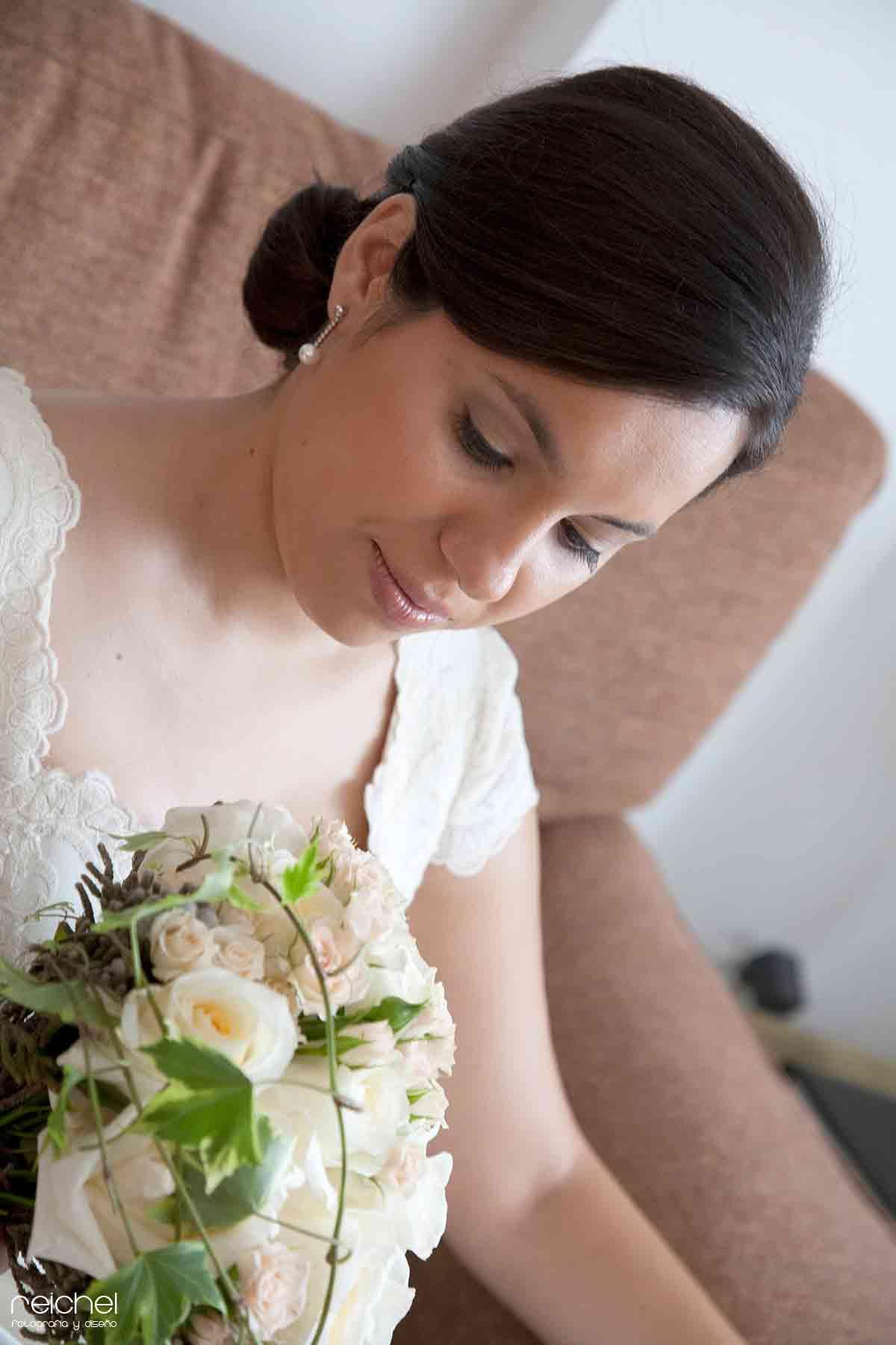 tomas fotograficas de novia en casa
