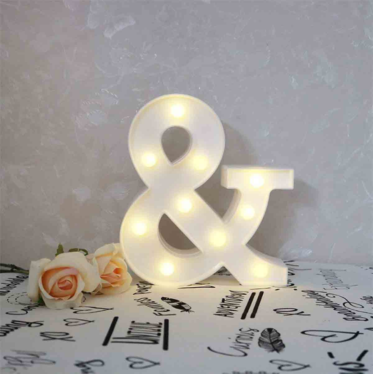 letras decorativas luminosas