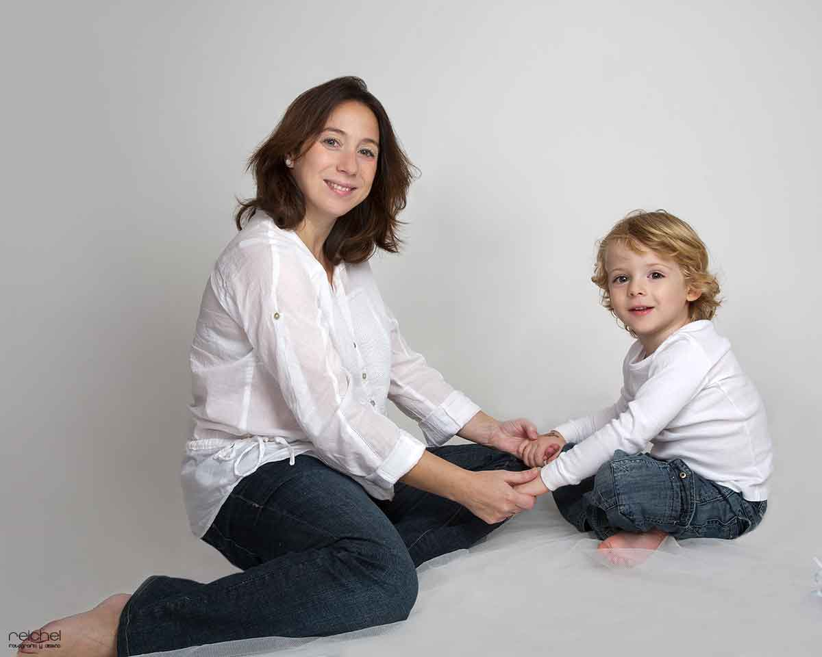 fotos de embarazada con hijos