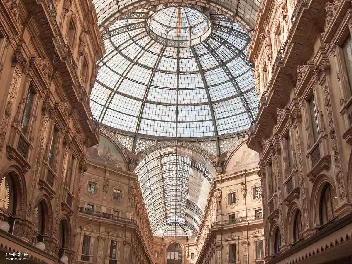 fotos del interior de las galerias de milan