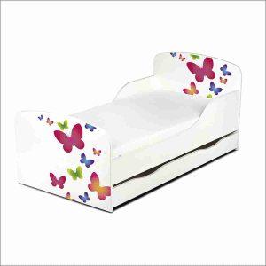 cama infantil con mariposas