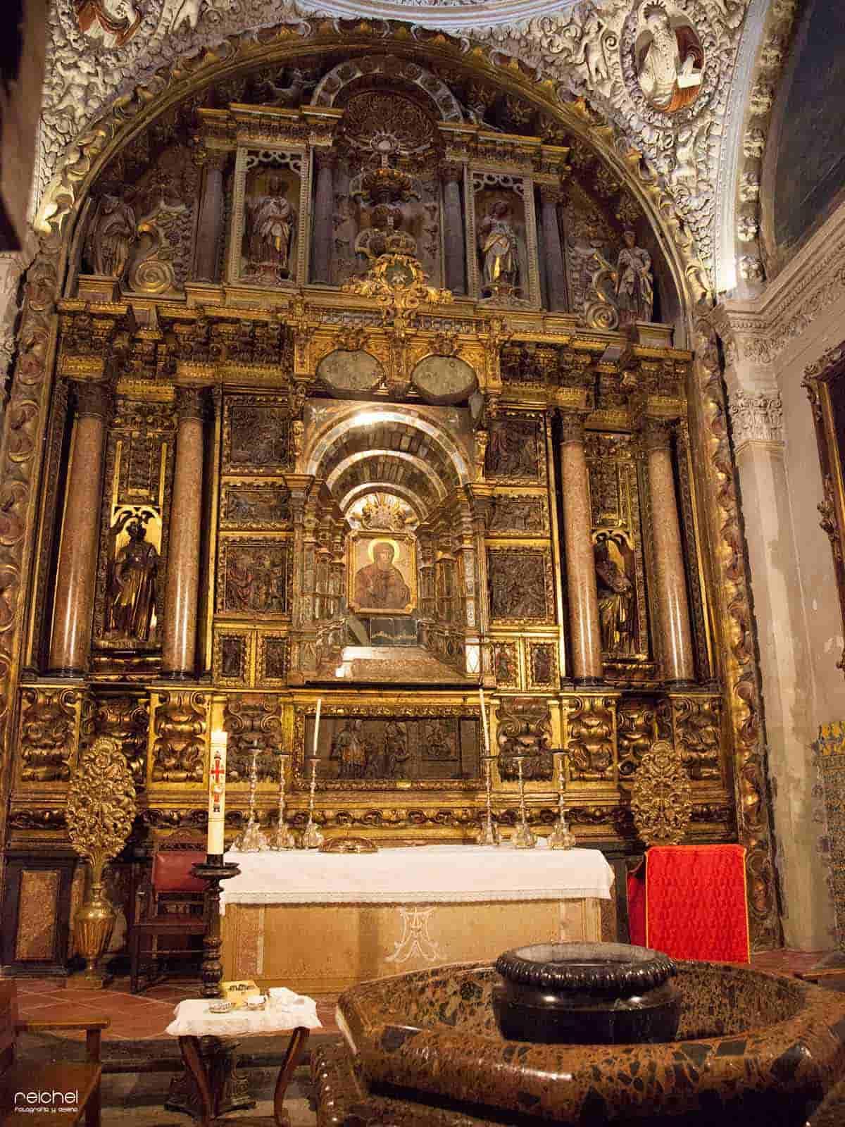 capilla interior de la iglesia de san pablo zaragoza
