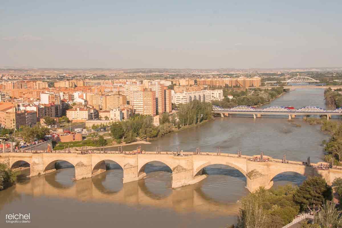 puente romona de zaragioza desde la torre del pilar